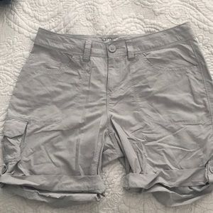 mountain hardwear shorts - gray Womens 8